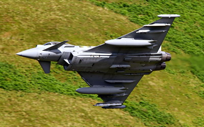 27_eurofighter_typhoon.jpg